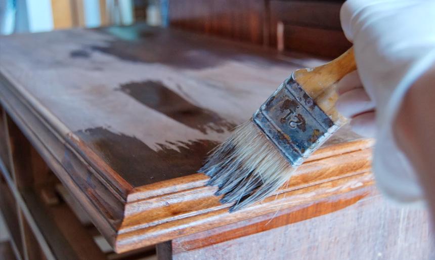 Como aplicar el bet n de judea titan pinturas el artista - Restaurar mueble madera ...