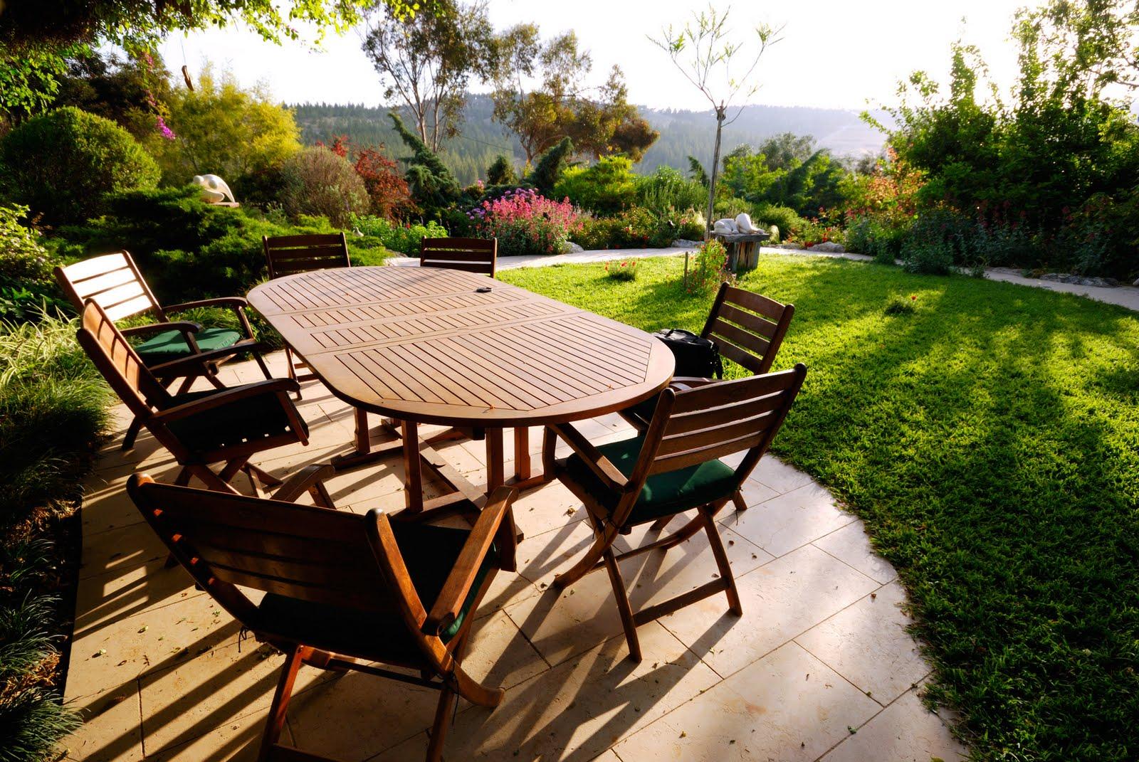 Pintura protectora para muebles de jardín