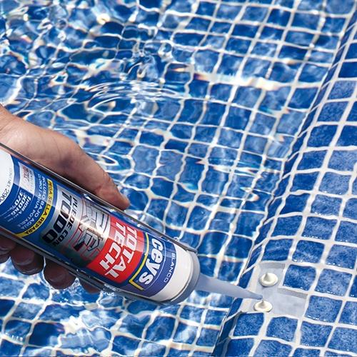 Cómo arreglar el gresite despegado de la piscina 2